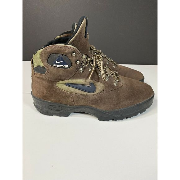Men's Nike ACG Hiking Brown Boots Size 11